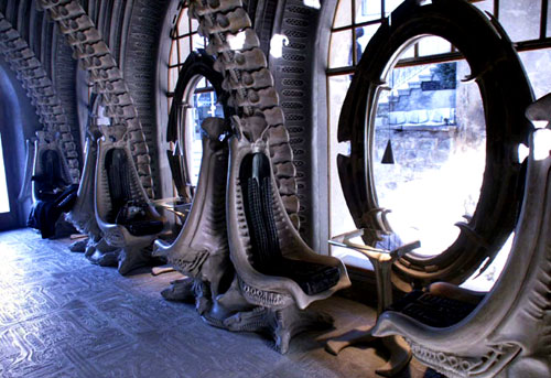 hr-giger-bar-1